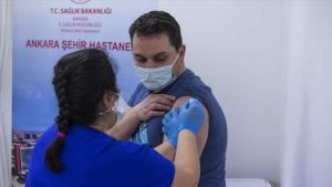 Turkey: Health workers to get 2nd dose of COVID-19 jab
